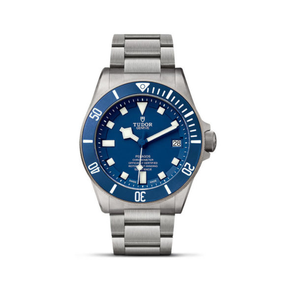 TUDOR Pelagos Watch with Ceramic matt blue disc, titanium bracelet. In upright position, white background.
