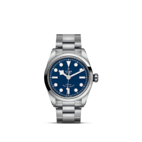 Relógio TUDOR Black Bay 32 com Caixa em aço, 32 mm, bracelete em aço. Disposição vertical, fundo branco.