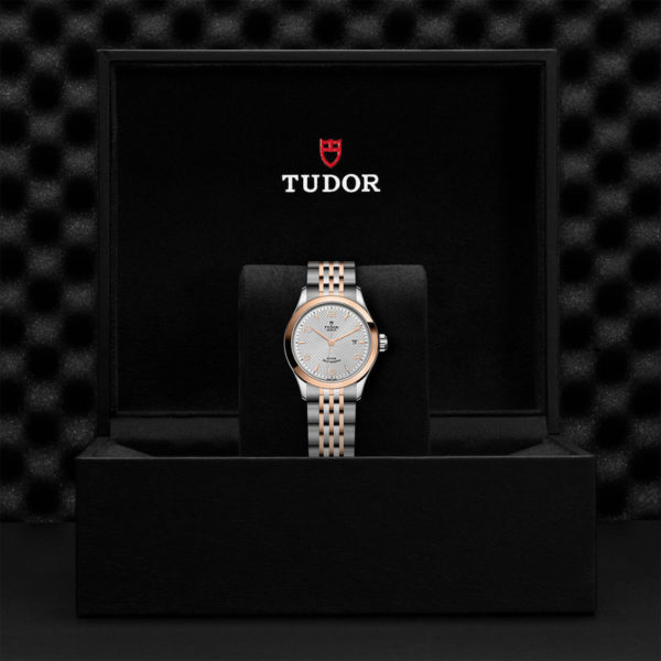 TUDOR 1926 Watch with 28 mm steel case, pink gold bezel. In presentation box.