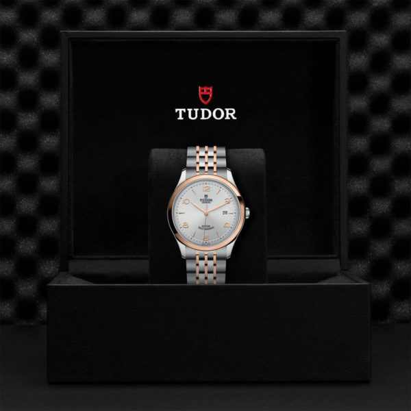 TUDOR 1926 Watch with 41 mm steel case, pink gold bezel. In presentation box.