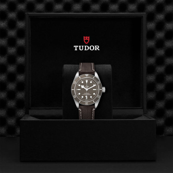 TUDOR Black Bay Fifty-Eight 925 Watch with 39 mm silver case, Brown leather bracelet. In presentation box.
