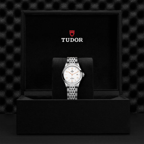 TUDOR 1926 Watch with 28 mm steel case, White dial. In presentation box.