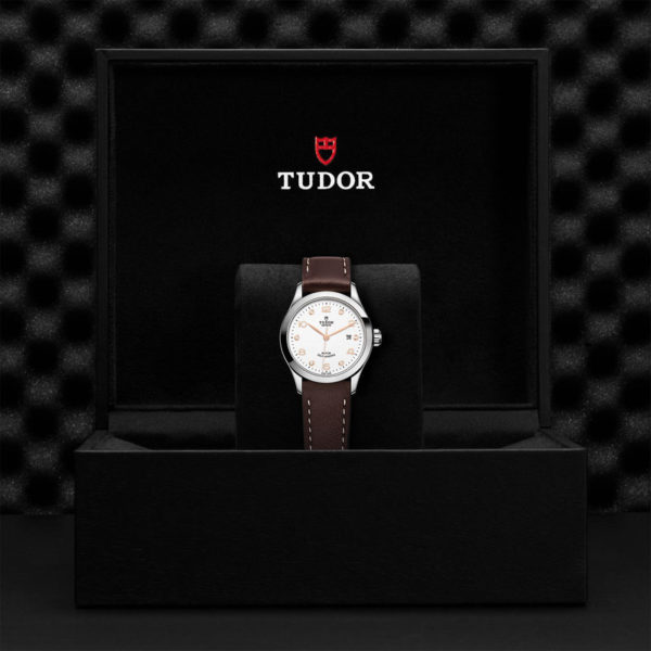 TUDOR 1926 Watch with 28 mm steel case, White diamond-set dial. In presentation box.