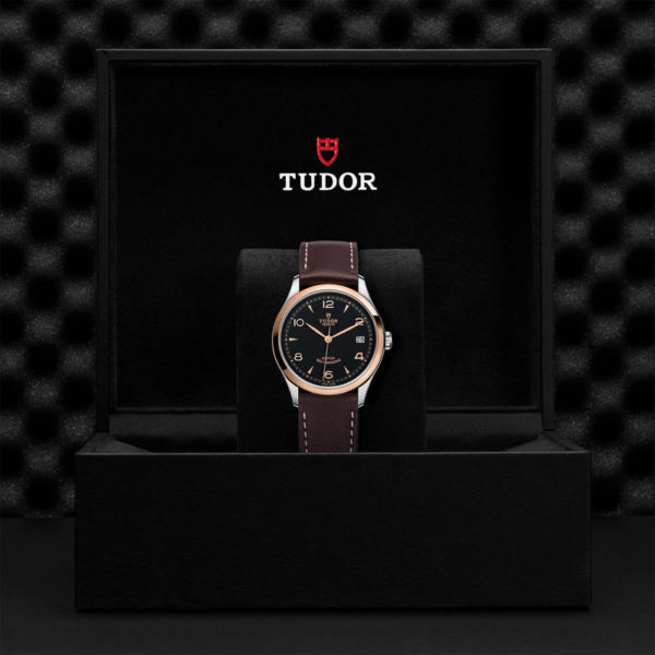 TUDOR 1926 Watch with 36 mm steel case, Pink gold bezel. In presentation box.