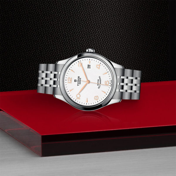 TUDOR 1926 Watch with 39 mm steel case, White dial. In store laying down.