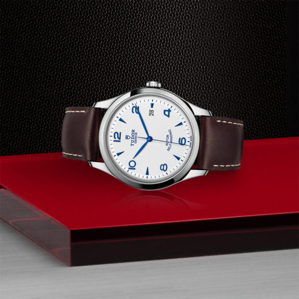 TUDOR 1926 Watch with 41 mm steel case, Opaline and blue dial. In store laying down.