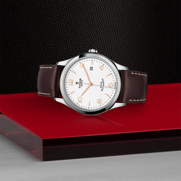 TUDOR 1926 Watch with 41 mm steel case, White dial. In store laying down.